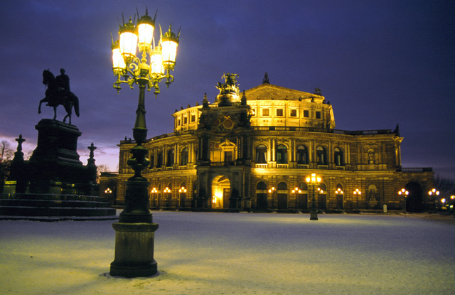 Dresden Semperoper.jpg